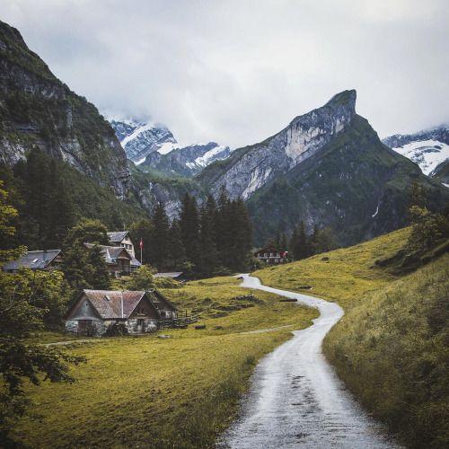 amandaricks.com/the-long-and-winding-road/